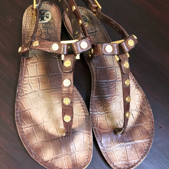 4ae4b99e1477e3 Tory Burch croc embossed medallion sandals
